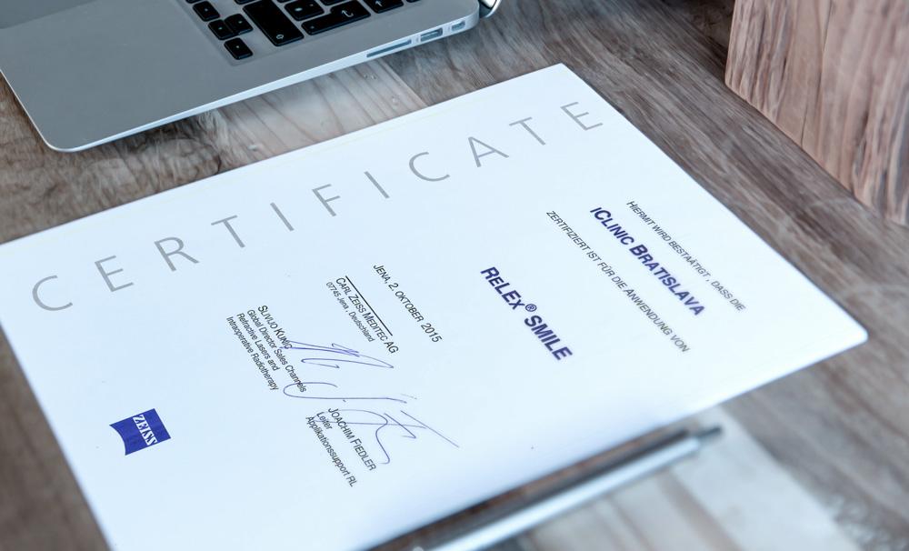 Certifikácia od spoločnosti ZEISS na metódu Relex Smile 7edd860562f